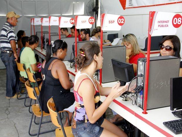Ceac Itinerante oferece mais de 80 serviços de 16 órgãos (Foto: Victor Ribeiro/Seplag)