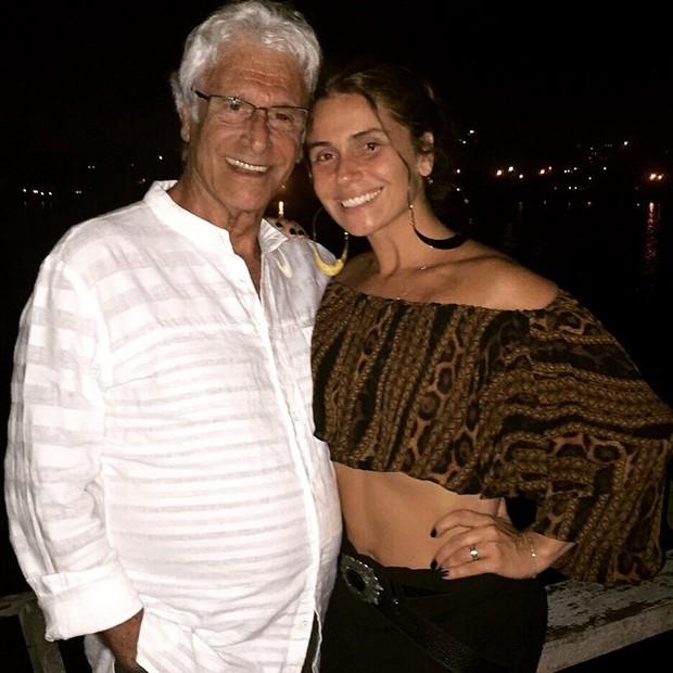 Giovanna Antonelli na festa de aniversário do pai (Foto: Instagram/ Reprodução)