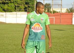 Zagueiro Iuri, Operário VG (Foto: Robson Boamorte)