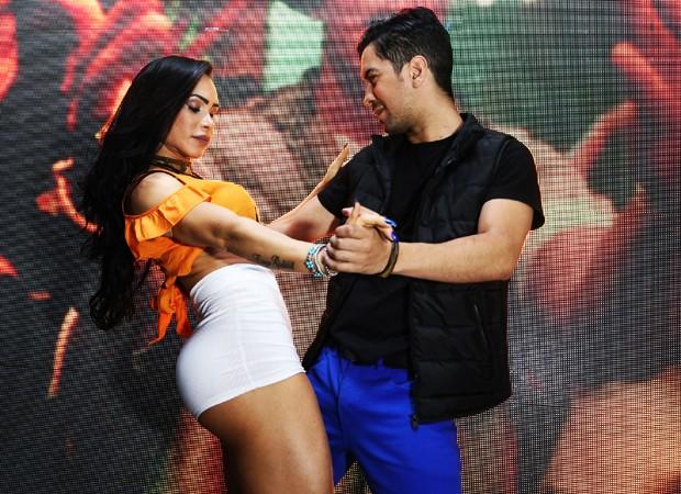 Fabi Frota e o coreógrafo Luizinho (Foto: Jonas Nasser Strano/Phoneix Foto e Video/Divulgação)