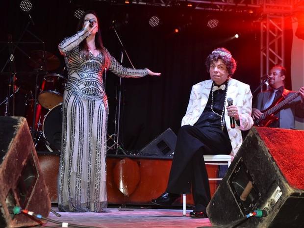 Simony canta com Cauby Peixoto em festa em Mauá, em São Paulo (Foto: Caio Duran e Thiago Duran/ Ag. News)