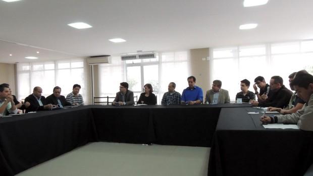 Profissionais das afiliadas discutem cobertura dos Jogos Abertos do Interior 2013  (Foto: (Foto: Thiago Fidelix))