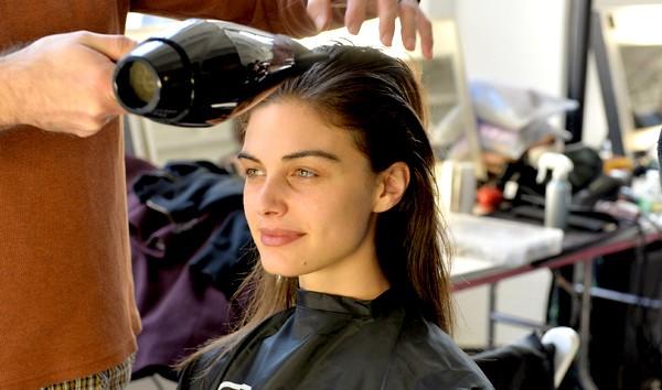 Saiba como cuidar do cabelo da forma correta (Foto: Getty Images)