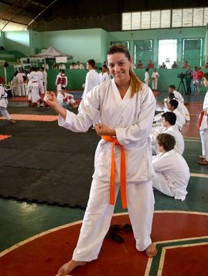Karateca de Vilhena condena sedentarismo (Foto: Lauane Sena)