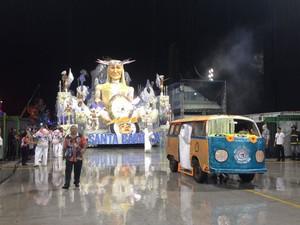 Unidos de Santa Bárbara abre desfiles do Grupo de Acesso em São Paulo (Foto: Nathália Duarte/G1)