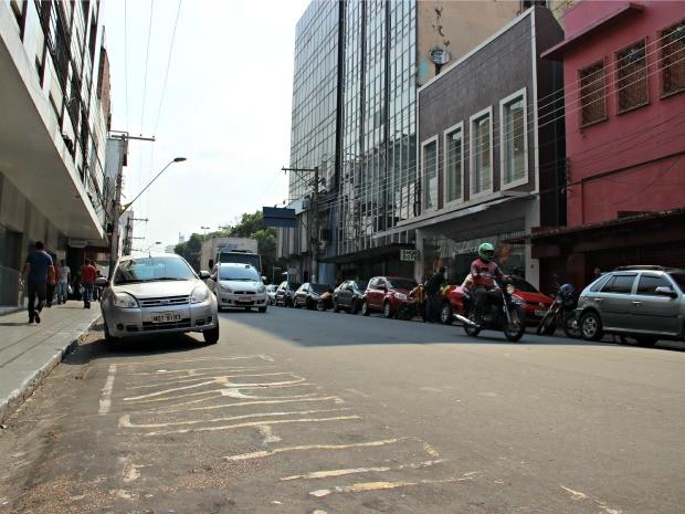 Sistema de estacionamento rotativo de veículos abrangerá Centro de Manaus (Foto: Adneison Severiano/G1 AM)