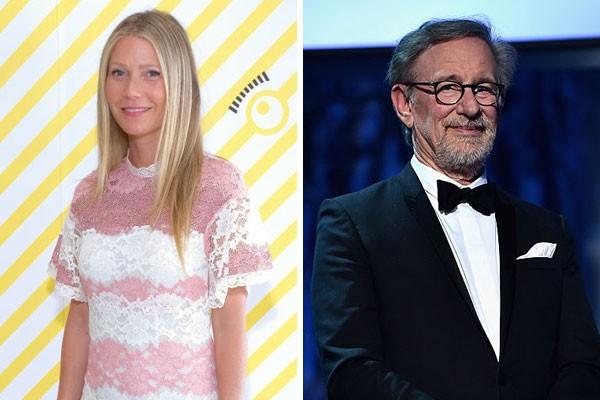 A sobrinha e o padrinho Gwyneth Paltrow e Steven Spielberg (Foto: Getty Images)