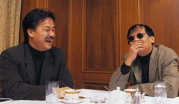 Sakaguchi (esquerda) e Yuji reunidos para Chrono Trigger (Foto: Reprodução/shmuplations)