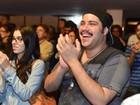 Tiago Abravanel se diverte na estreia de 'SPA – Uma Comédia de Peso'