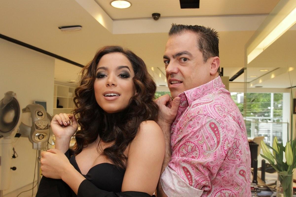 Anitta e Marco Antonio Di Biaggi (Foto: AG NEWS)