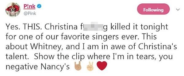A mensagem na qual a cantora Pink nega que tenha feito careta durante o show de Christina Aguilera (Foto: Twitter)