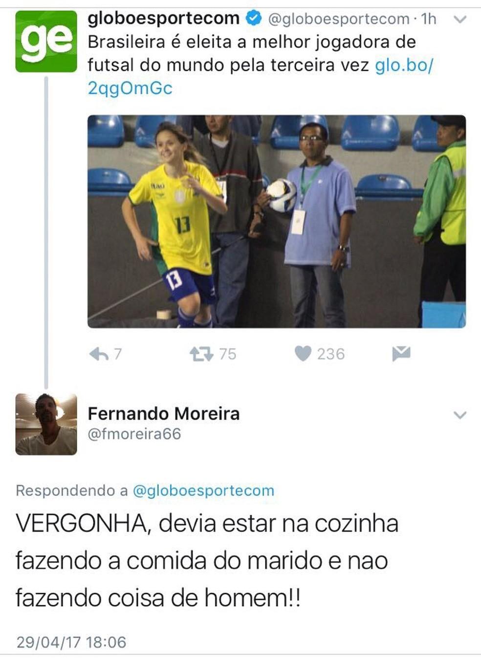 Melhor do mundo no futsal, Amandinha é insultada na internet (Foto: Reprodução Twitter)