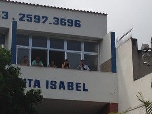 Velório da capitã é na Capela Santa Isabel (Foto: Renata Soares/G1)