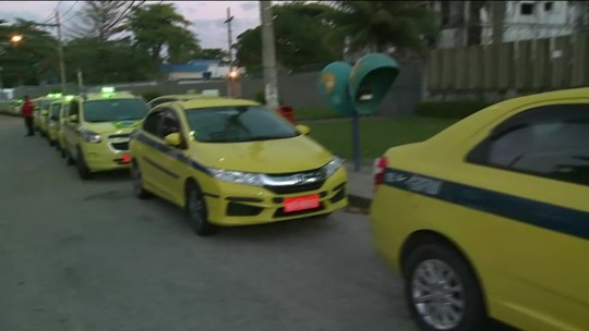 Taxistas fazem protestos pelas ruas da cidade
