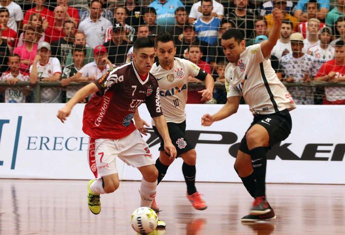 Atlântico Erechim Corinthians Liga Nacional de Futsal (Foto: Edson Castro/Prime Com)