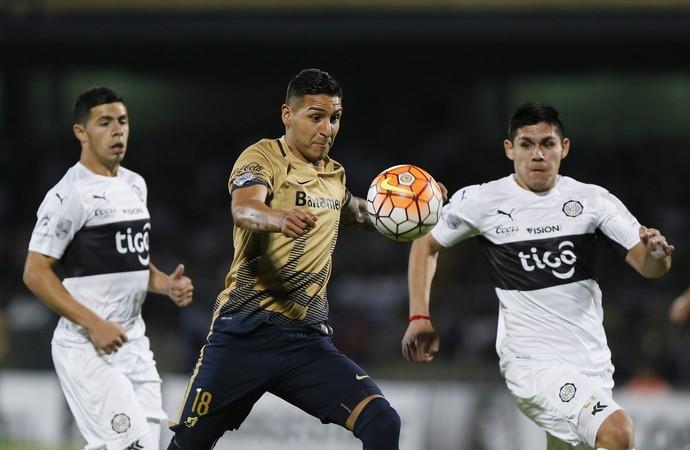 Ismael Sosa Pumas Libertadores (Foto: EFE)