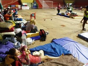 Ginásio Tesourinha recebe cerca de 300 desabrigados em Porto Alegre (Foto: Luciano Lanes / PMPA)