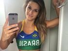 Jade Barbosa mostra o abdômen sarado em selfie