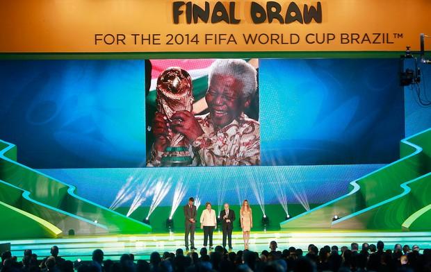 homenagem Nelson Mandela sorteio Copa do Mundo (Foto: Jefferson Bernardes / VIPCOMM)