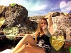 Que beleza! Sofia Vergara mostra os pernões em passeio de barco