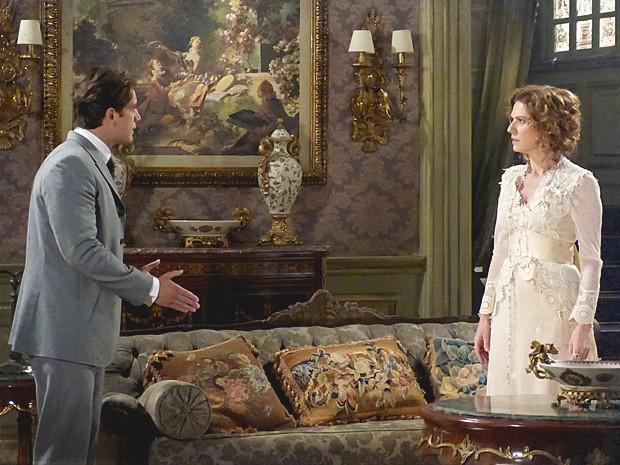 Depois de encontro com a noiva, Albertinho percebe que vai ter que escolher (Foto: Lado a Lado / TV Globo)