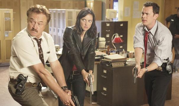 Dan e Jack se unem a bela agente, Justine, para salvcar a vida de uma testemunha (Foto: Divulgação / Twentieth Century Fox)