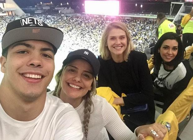 Celina Locks com Ronald e a ex-mulher de Ronaldo Milene Domingues (Foto: Reprodução)