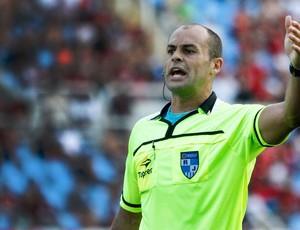 graziani rocha arbitro (Foto: Rudy Trindade/Frame/Agência Estado)