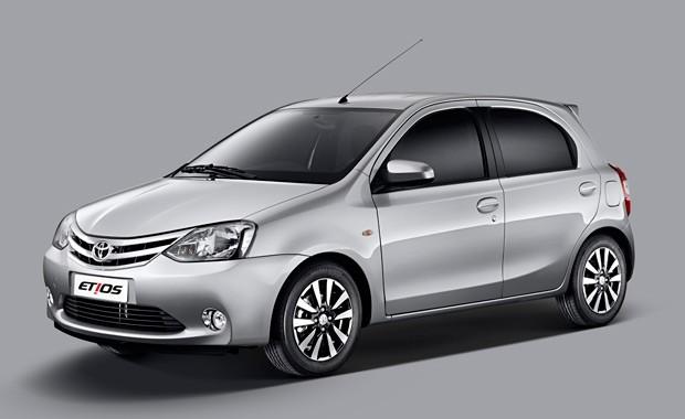 Toyota Etios Platinum hatch (Foto: Divulgação)
