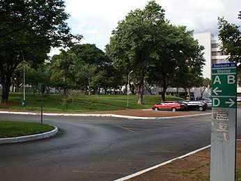 Entrada de superquadra em Brasília (Foto: Vianey Bentes/TV Globo)