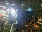 Primeiro dia de festa em Salvador tem Saulo, Brown e irreverência de foliões