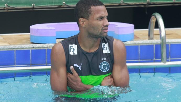 Júnior Lopes - zagueiro do Goiás (Foto: Rosiron Rodrigues / Goiás E.C.)