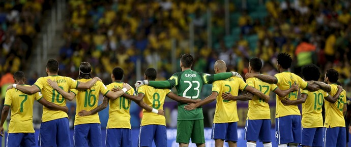 Brasil x Peru Minuto de silencio (Foto: Reuters)
