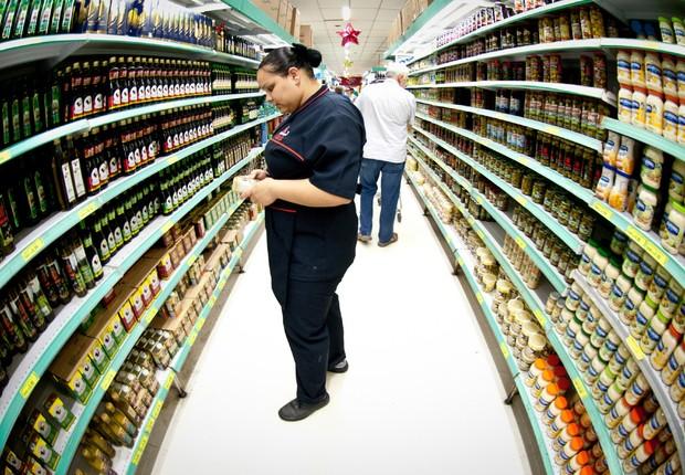 Inflação dos alimentos ; custo de vida ; IPCA ; supermercado ; consumo ; varejo ; dinheiro ; cesta básica ;  (Foto: Marcelo Camargo/Agência Brasil)