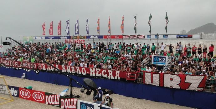 Flamengo x Corinthians futebol de areia (Foto: Fabio Leme)