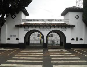 Estádio Fausto Alvim (Foto: Cleber Corrêa)