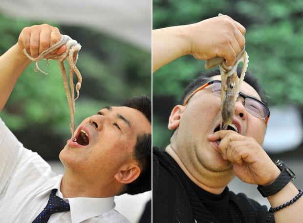 Sul-coreanos comem polvos vivos em festival gastronômico (Foto: Jung Yeon-je/AFP)