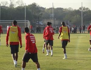 Inter treino Beira-Rio (Foto: Tomás Hammes / GLOBOESPORTE.COM)