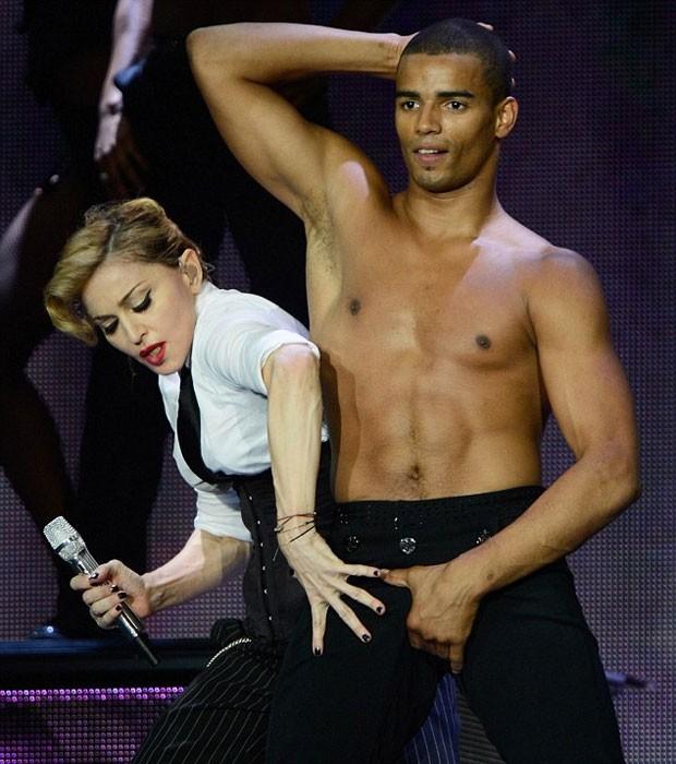 Madonna ao lado do namorado, o bailarino Brahim Zaibat (Foto: Getty Images)