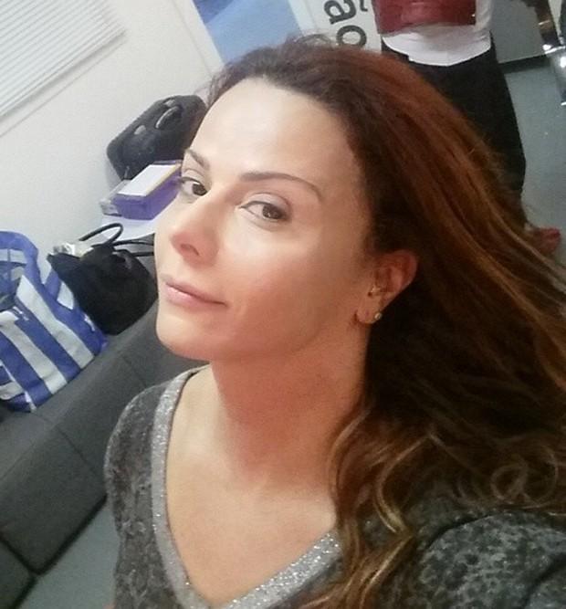 Viviane Araújo sem maquiagem (Foto: Reprodução)