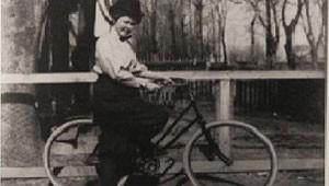 Bicicleta surgiu no século 19 (Foto: BBC)