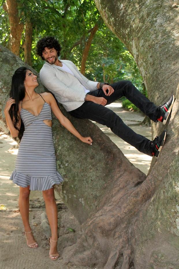 Jesus Luz e Carol Ramiro (Foto: Daniel Delmiro)