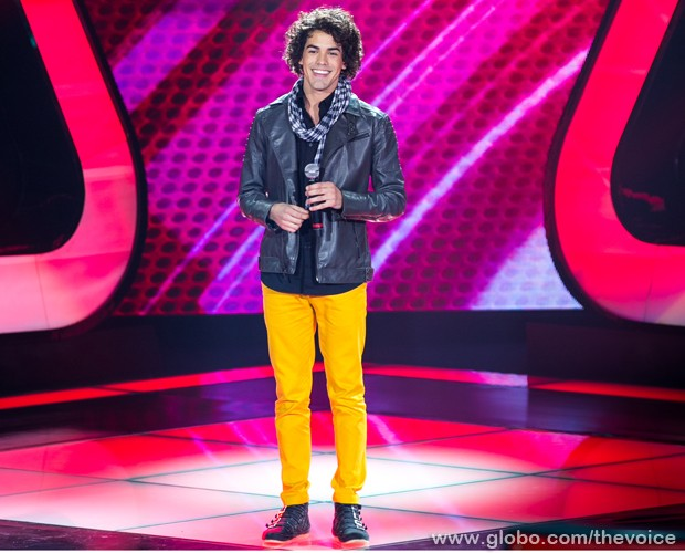 "Sam Alves canta ""When I Was Your Man"", de Bruno Mars (Foto: Isabella Pinheiro/TV Globo)"