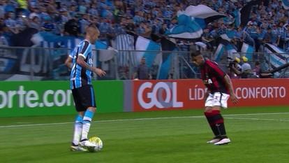 Melhores momentos de Grêmio 1 x 0 Atlético-PR pela 30ª rodada do Campeonato Brasileiro