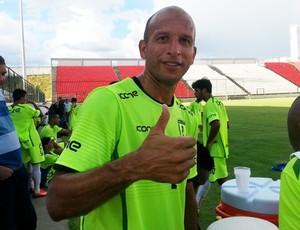 atacante Fábio Júnior, Minas Futebol de Sete Lagoas.