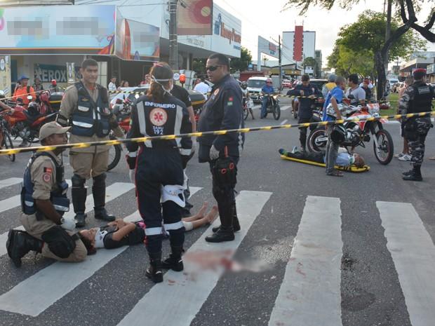 Acidente aconteceu na Avenida Beira Rio (Foto: Walter Paparazzo/G1)