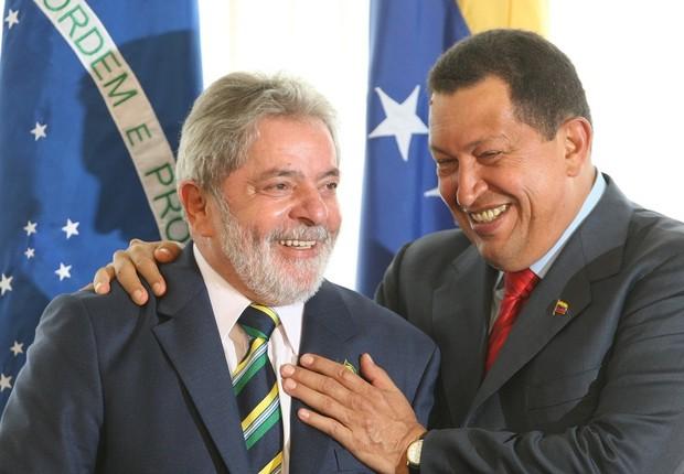 Lula em encontro com Hugo Chávez (Foto: Adriano Machado/LatinContent/Getty Images)