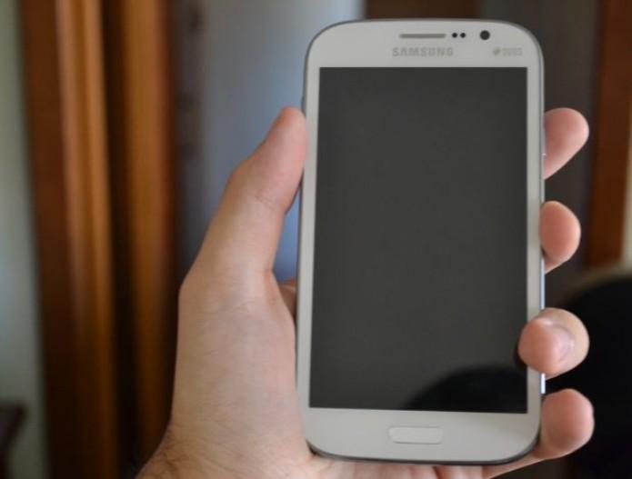 Gran Duos, um celular grande para quem quer duas linhas (TechTudo|Pedro Zambarda)