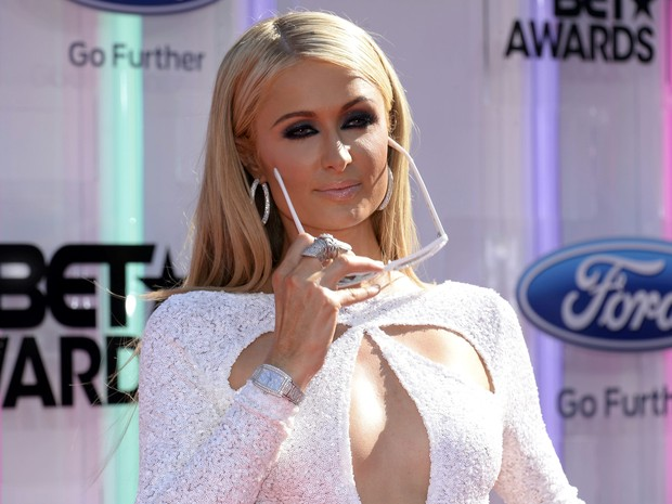 Paris Hilton no BET Awards em Los Angeles, nos Estados Unidos (Foto: Kevork Djansezian/ Reuters)