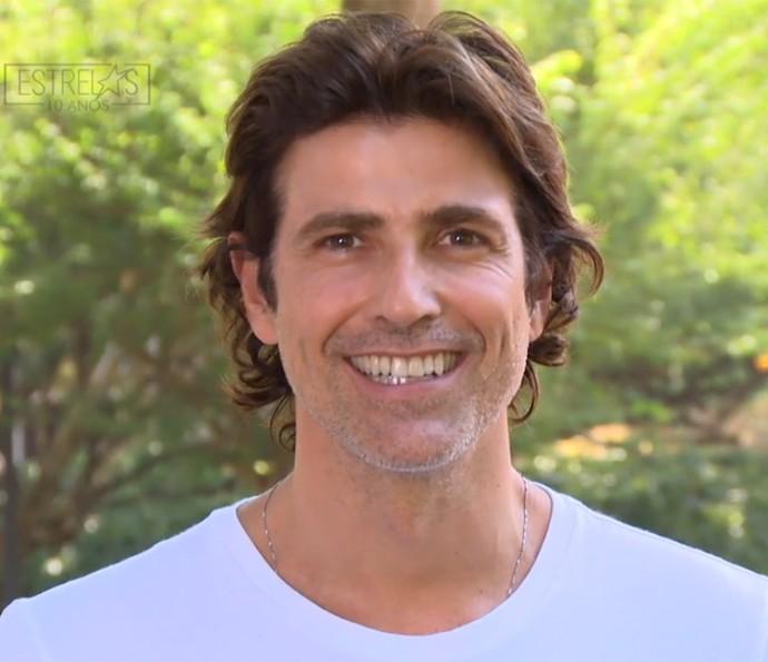 Reynaldo Gianecchini lembra momento marcantes nos 10 anos de estrelas (Foto: TV Globo)
